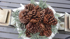 Simple Outdoor Thanksgiving Decorations